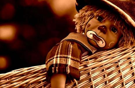 photo clown representant une personne triste avant d avoir rencontre l hypnose
